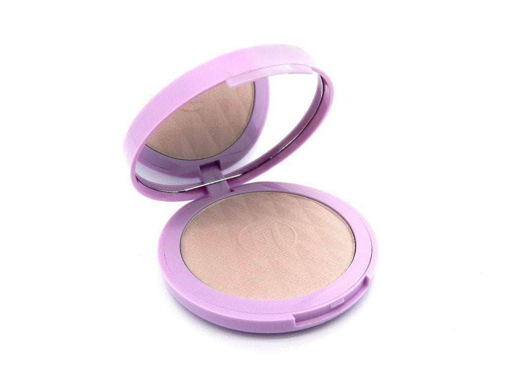 W7 Prism 3D Highlighting Powder Compact